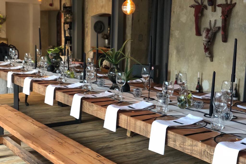 Intimate 40th birthday celebration at restaurant